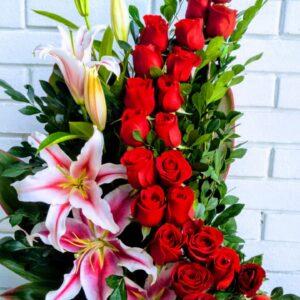 Arreglo de Rosas Liliums
